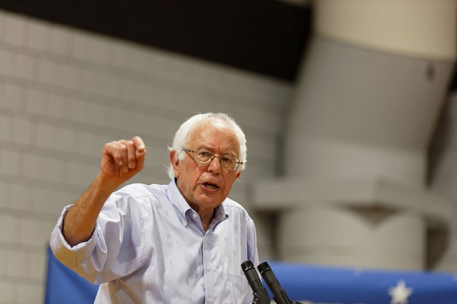 By Michael Vadon - US Senator of Vermont Bernie Sanders in Conway NH on August 24th 2015 by Michael Vadon, CC BY-SA 2.0, https://commons.wikimedia.org/w/index.php?curid=43093772